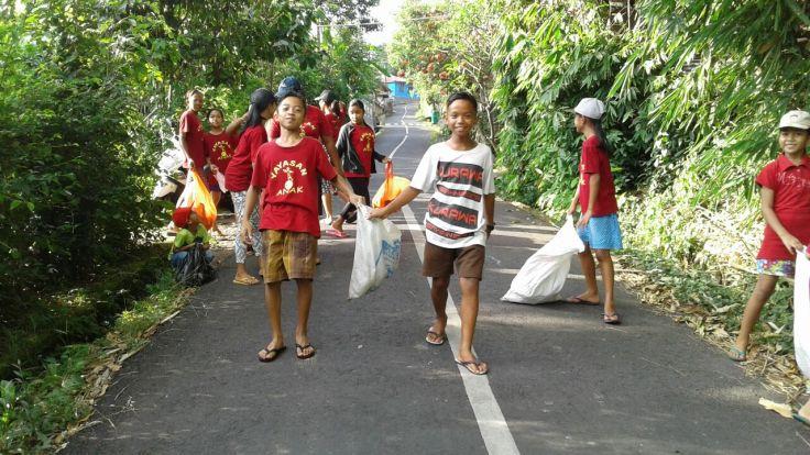 ramaser les plastiques à Sawan